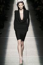 Маленькое черное платье: вечная классика