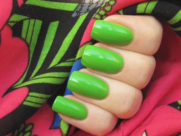 Зеленый цвет лака для ногтей