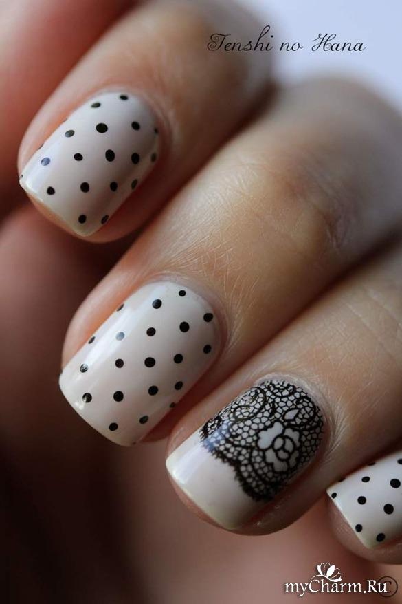 Белые ногти в горох