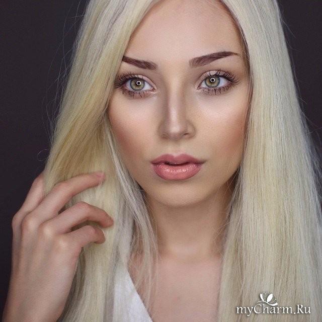 много фото одной девушки блондинки