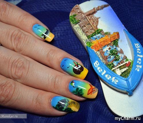 Пляж на ногтях