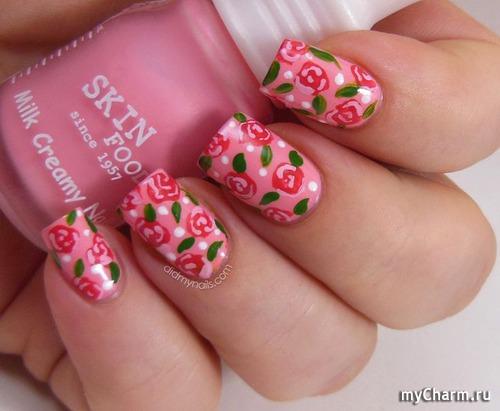 Маникюр на короткие ногти с розами