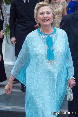 Vogue отметил наряд Хиллари Клинтон как самый стильный