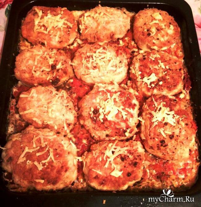 куриные котлеты с соусом в духовке рецепт с фото
