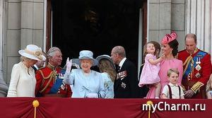 Кейт Миддлтон с семьей на параде в честь дня рождения королевы Елизаветы