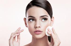 Снимаем макияж быстро и эффективно