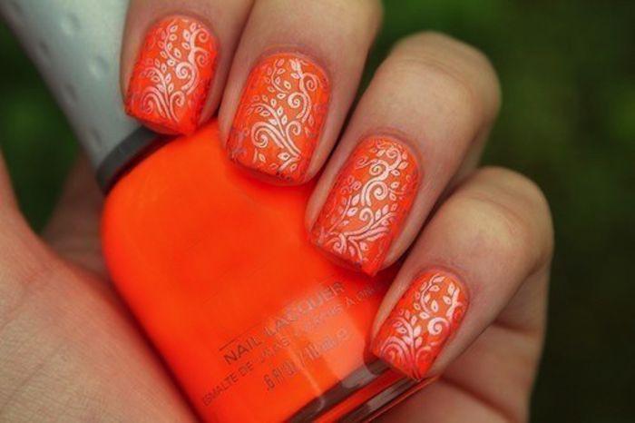 Ногти оранжевый