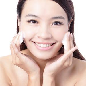 Гель, молочко, масло, пудра – что лучше для очищения кожи?