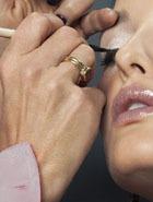 Контрастные лайнеры – 4 варианта макияжа глаз