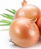5 луковых рецептов против выпадения волос