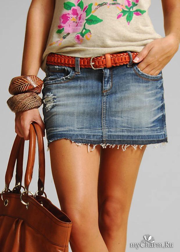 Красивый ножки в юбочке #8