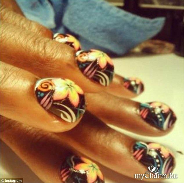 Ногти странные