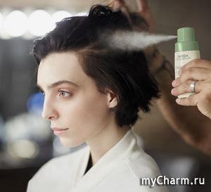 Нет времени? Нет проблем! Сухой шампунь Shampure Dry Shampoo от Aveda освежит ваши волосы и продлит жизнь укладке