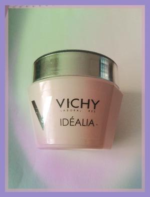 Отзыв о использовании крема Vichy Idealia.