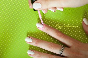 """Та самая """"розовая штука"""" вокруг ногтей"""