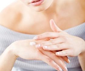 Огрубевшая кожа на пальцах рук: что делать?