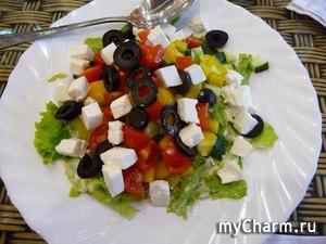 Невероятно простой рецепт здорового греческого салата