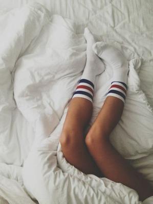 Упражнения для укрепления суставов, которые можно делать прямо в кровати. Забудь о ноющей боли!