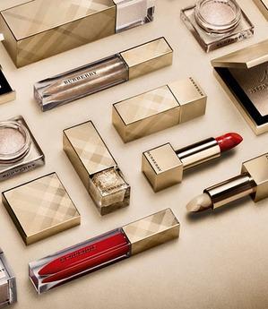 Рождественская коллекция макияжа от Burberry (Holiday 2015)