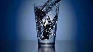 Как правильно пить воду в течение дня, чтобы похудеть?