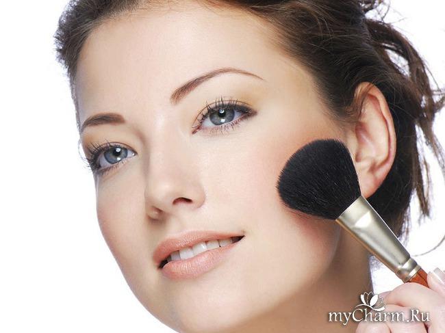 Что косметика делает с кожей