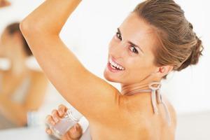 Дезодорант или антиперспирант: отличие, вред, что лучше