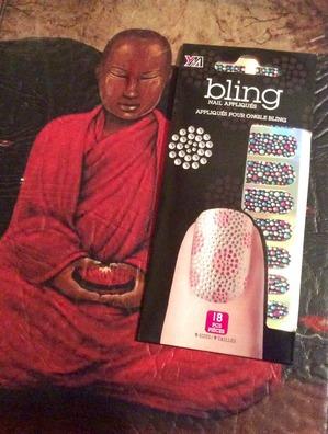 Нужен совет по поводу аппликаций на ногти. Blind nail appliquеs