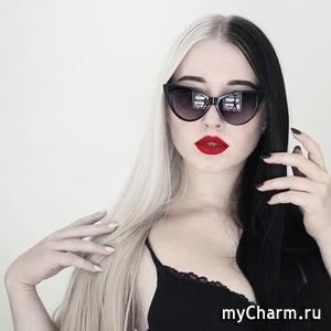 Кто сказал, что седину стоит красить только в блонд?