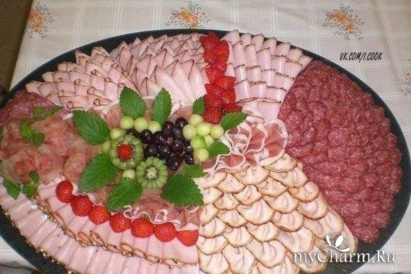 Украшение мясной тарелки