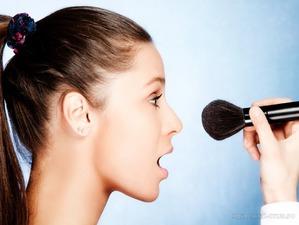 Стереть и забыть: антитренды лета в макияже 2016