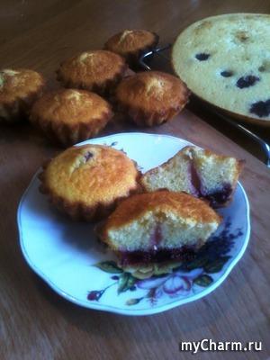 Нежнейшие кап-кейки с ягодами к чаепитию!)))