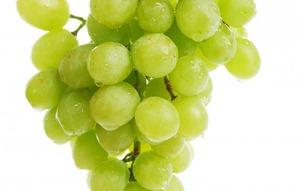 Салат с зелёным виноградом
