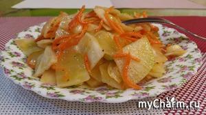 Салат-закуска из капусты, редьки и моркови по-корейски.