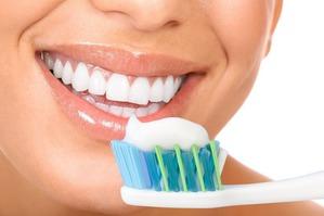 Как выбрать безопасную зубную пасту?