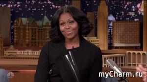 Мишель Обама перестала выпрямлять волосы