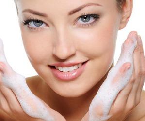 Косметика для очищения кожи: сравнение