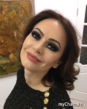 Ирина Безрукова вышла в свет с необычным макияжем