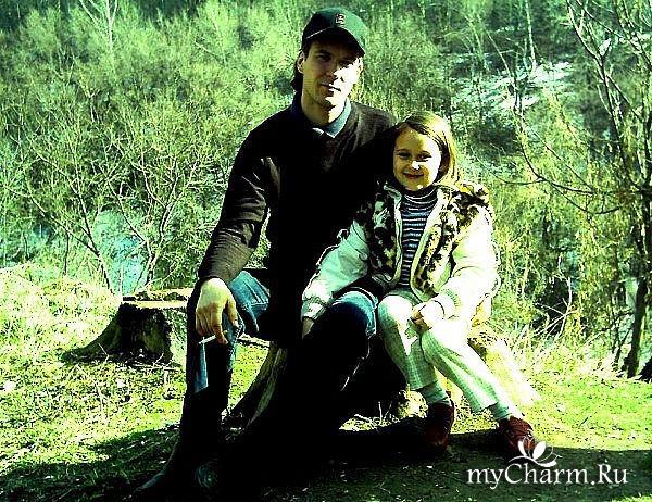 Старший сын Артем и внучка Яна