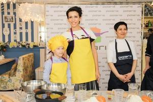 Цветные пельмешки от Елены Борщёвой и её старшей дочери Марты «Звёздная» семья посетила кулинарный мастер-класс POLARIS