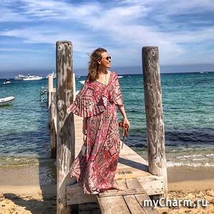 Ксения Собчак в летящем платье в Каннах