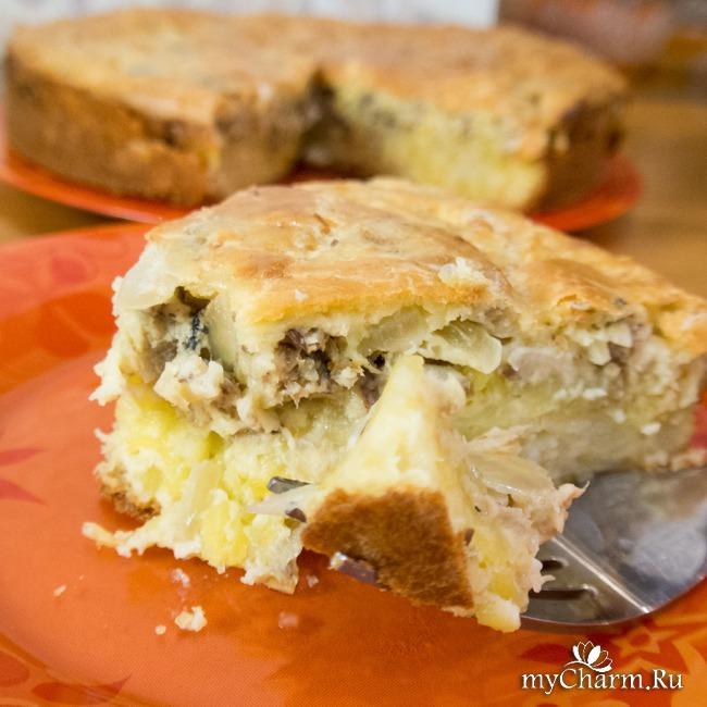 Быстрый заливной пирог с сайрой и картофелем. 10 минут приготовления + время для выпечки!)