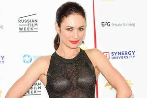 Неудачное прозрачное платье Ольги Куриленко в Лондоне