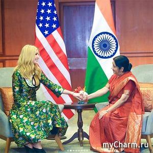 Наряды Иванки Трамп в Индии назвали безвкусными