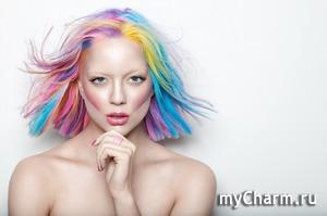 Помните девушку с бирюзовыми волосами?