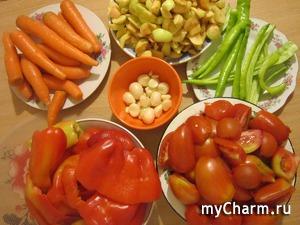 Аджика на зиму с морковкой и с яблоками.