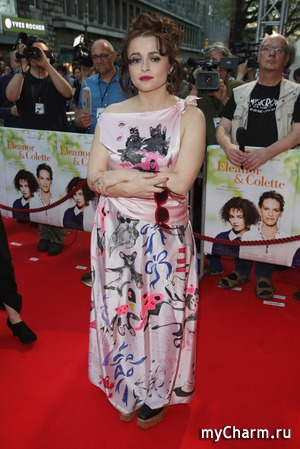 Самое нелепое платье недели надела Хелена Бонэм Картер