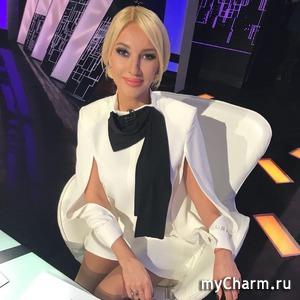 Лера Кудрявцева показала новорожденную дочурку