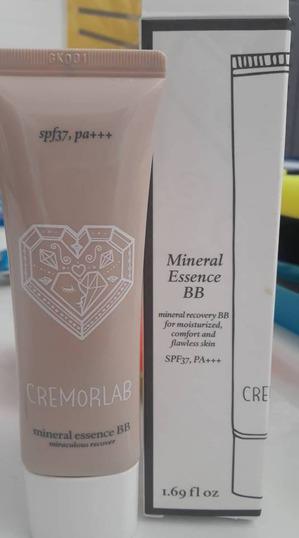 BB крем от Cremorlab не только маскирует, но ухаживает и омолаживает