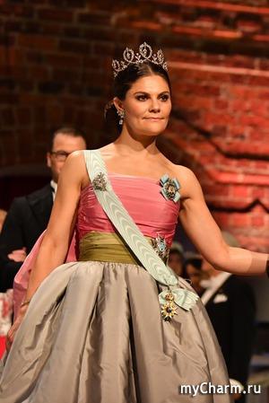 Шведская принцесса облачилась в материнское платье