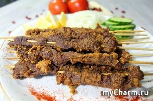 Суя - нигерийский шашлык. Пряный шашлык из говядины с арахисом в духовке